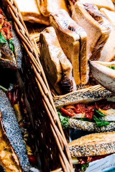 sandwich-in-basket-709826 (1)